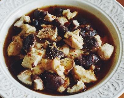 香菇滑鸡的15种做法,滑嫩爽口,比吃红烧肉还过瘾,上桌准光盘