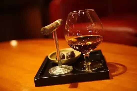 干邑和威士忌的区别