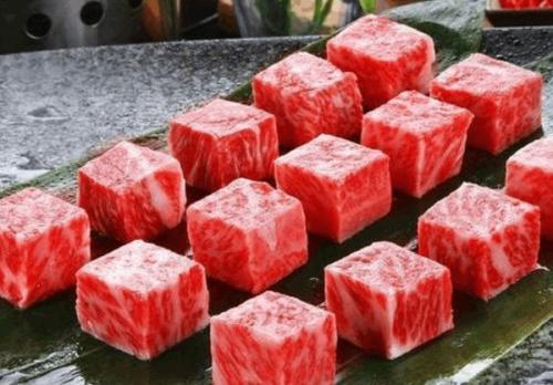 这菜夏天要多吃,可能是有些小贵,但是鲜香消暑,吃了长劲不长肉